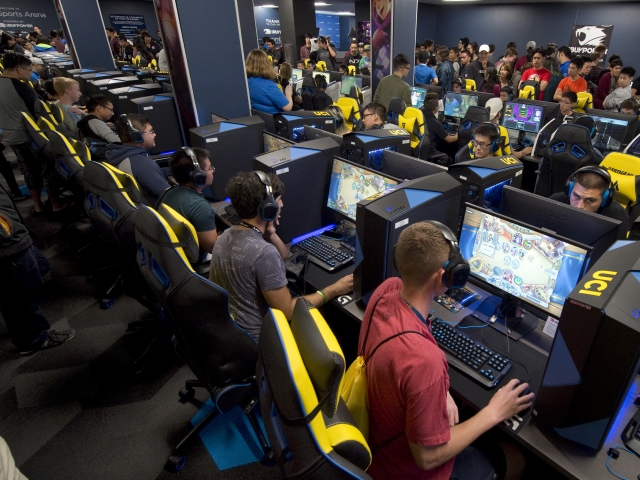 The top five esports college programs